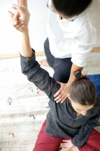 Stiff mal epaules oeil Massage Nice port France