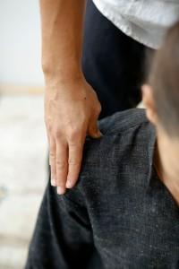 Stiff shoulder epaules Nice France Massage
